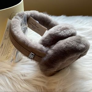 UGG Accessories - Ugg Classic wired earmuffs